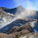大涌谷の噴火から2年、宿泊客100万人減から復活を遂げる箱根で起きている問題