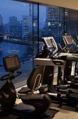 パレスホテル東京、パーソナルトレーニングとセットの宿泊プラン販売