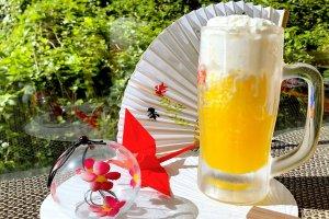 エクセルホテル東急 納涼新メニュー「ビールジョッキ de かき氷」を販売