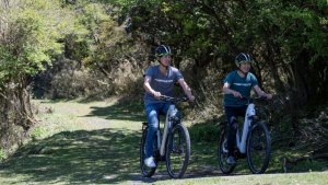 仙石原プリンスホテル、サイクリングを楽しめるe-bikeガイドツアープランを販売中